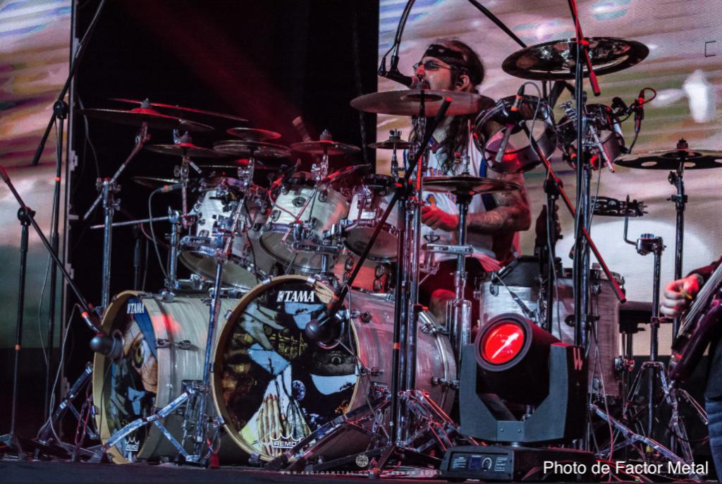 Mike Portnoy batteur
